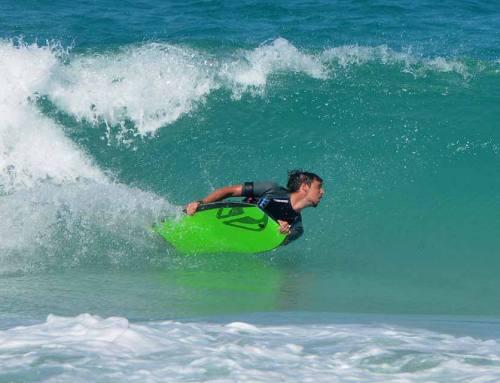Surfen en strand aan de Maremma kust